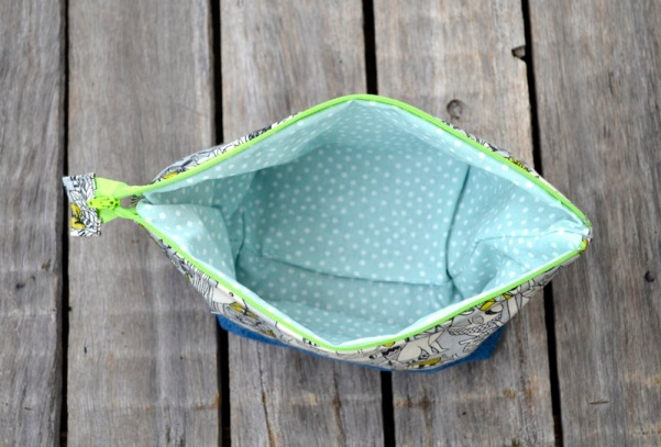 inside lining zippered purse